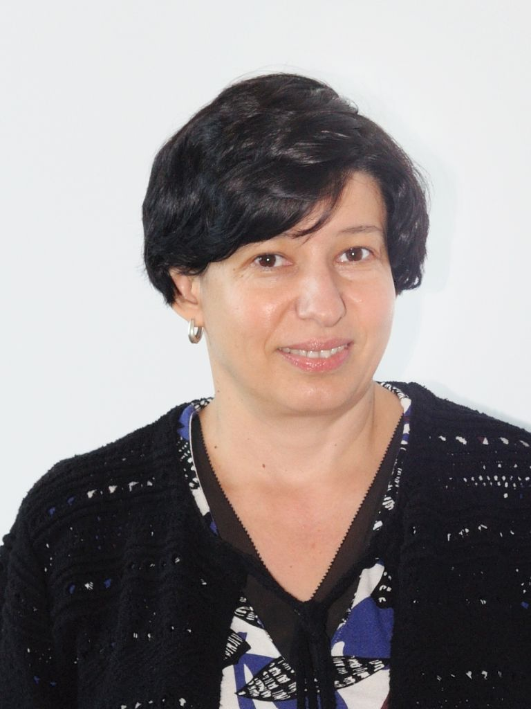 Iuliana Precupețu